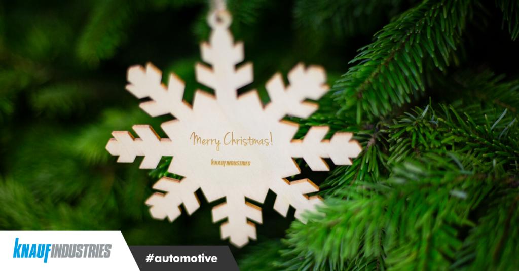 En esta época especial del año le deseamos Feliz Navidad y Próspero Año Nuevo