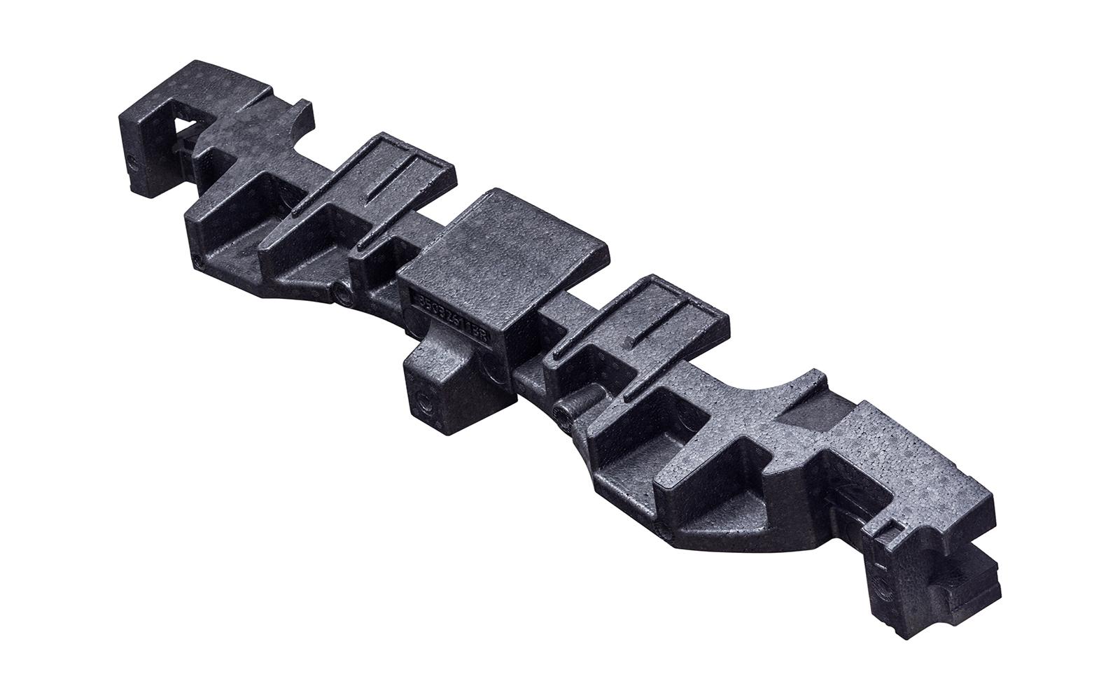 O pára-choques fabricado na fábrica da Knauf Industries.