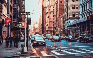 Почему городские автомобили продолжают увеличиваться в размерах, и как уменьшить их вес с помощью современных автомобильных компонентов из пенополипропилена EPP?