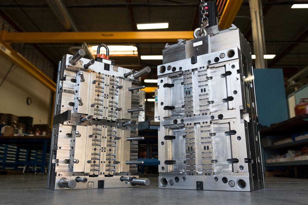 Производство пресс-форм под давлением в сотрудничестве с компанией Knauf Automotive – от проектирования до готового изделия