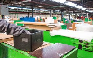 Opakowania w logistyce a gospodarka opakowaniami. Co musisz wiedzieć o optymalizacji logistyki w firmie produkcyjnej?