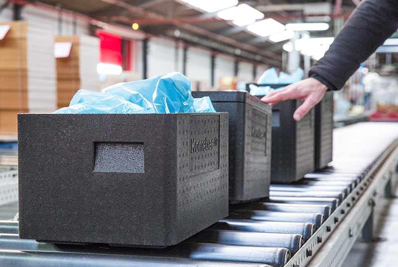 L'emballage Komebac® facilite la logistique de transport interne et la gestion des déchets d'emballage.