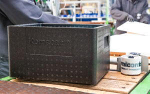 Manufacturing of reusable packaging